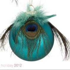 Peacock ornament Peacock Christmas Decorations, Peacock Christmas Tree, Peacock Ornaments, Peacock Crafts, Feather Crafts, Diy Christmas Ornaments, Christmas Colors, Christmas Projects, Christmas Themes