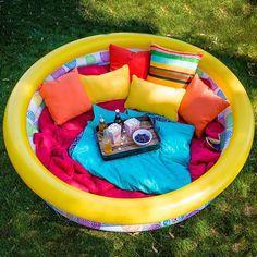 kiddie pool picnic