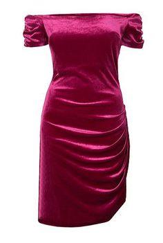 Rochie bordo de seara din catifea cu croiala asimetrica Red Velvet, Formal Dresses, Model, Fashion, Dresses For Formal, Moda, Formal Gowns, Fashion Styles