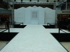 How do you think of this project, with portable stage and lighting truss?