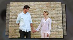 'Laura & Erik'. Milwaukee Engagement Photographer - www.photographybydanielle.com