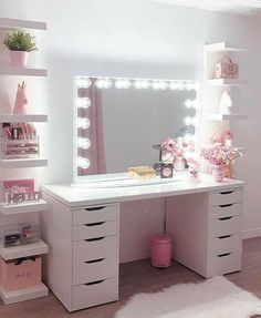 modern beauty Room - 30 Beautiful Glam Room Ideas - The Wonder Cottage Bedroom Decor For Teen Girls, Cute Bedroom Ideas, Cute Room Decor, Girl Bedroom Designs, Room Ideas Bedroom, Teen Room Decor, Teen Room Designs, Pretty Bedroom, Beauty Room Decor