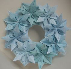 Easy Origami Wreath Tutorial | Wreaths, Origami and Cards
