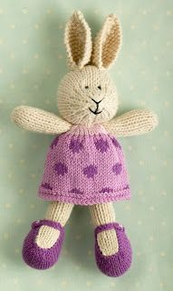 little cotton rabbits free patterns Knitting Blogs, Knitting Patterns Free, Free Knitting, Knitting Projects, Baby Knitting, Crochet Patterns, Knitted Bunnies, Knitted Animals, Knitted Dolls