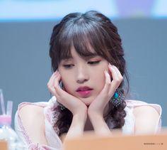 Your number one Asian Entertainment community forum! Nayeon, South Korean Girls, Korean Girl Groups, San Antonio, Akira, Twice Photoshoot, Sana Momo, Myoui Mina, Dance The Night Away