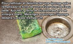 Utilisez du bicarbonate et du vinaigre blanc pour nettoyer et désinfecter une éponge
