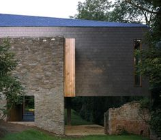 Architecture: Featherstone Young, Ty Hedfan, Galles - News Exterior Tiles, Exterior Cladding, Exterior Design, Industrial House, Industrial Interiors, Architecture Details, Modern Architecture, Slate Shingles, Decoration Shop