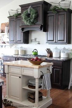 Christmas Home Tour 2013 by The Wood Grain Cottage  ....Small Beach house kitchen