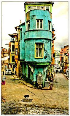 Istanbul Street via Karyn Armour