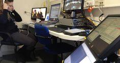 Live regie bij Gemeeteraad Vlaardingen. Met vijf robotcamera's, Sony Anycast Station, Live titel computer en livestream.