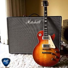 Is there a better pair than a Les Paul and a Marshall? Here's @brianrayguitar 's 1959 Les Paul and 1970 Marshall Bluesbreaker. #lespaul #marshall Learn to play guitar online at www.Studio33GuitarLessons.com