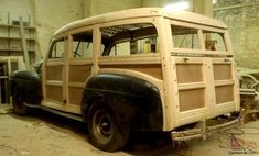 how to make a woody station wagon Old Classic Cars, Classic Chevy Trucks, Vintage Surf, Vintage Trucks, Vw Conversions, Woody Wagon, Rescue Vehicles, Wooden Car, Unique Cars