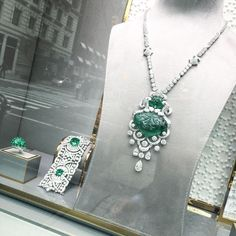 """""""How much is that Emerald and Diamond Sautoir in the window @graffdiamonds"""""""