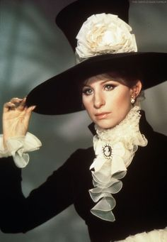 Cecil Beaton - Costumes - Barbra Streisand - Mélinda (On a Clear Day You Can See Forever) - 1969