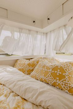 Wonderful Absolutely Free Vintage Caravans in garden Strategies Is your caravan just about all chemical, zero fashion? This is a very good reason so that you can upgrade your interior