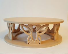 Discover thousands of images about Rustic Butterfly Cake Stands Cnc Table, Wood Table, Wooden Furniture, Furniture Design, Table Furniture, Table En Bois Diy, Wooden Screen, Wooden Kitchen, Wood Design