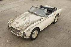 1968 Triumph Roadster Project Chassis no. Engine no. Triumph Motor, Under The Hammer, Tr 4, Distressed Furniture, Barn Finds, Motor Car, Cars And Motorcycles, Cool Cars, Classic Cars