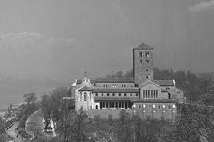Learn about the history of The Cloisters museum and gardens. #Cloisters