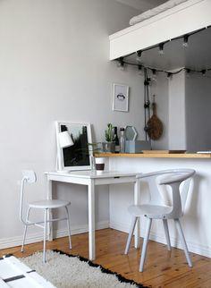 Nurkkapöytä