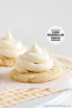 Lemon Marshmallow Cookies- Chewy sugar cookies are topped with a dollop of lemon curd and then covered with a marshmallow frosting. Lemon Desserts, Lemon Recipes, Köstliche Desserts, Sweet Recipes, Delicious Desserts, Dessert Recipes, Yummy Food, Chewy Sugar Cookies, Yummy Cookies