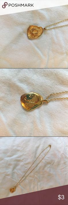 GOLD PISCES NECKLACE gold pisces necklace with the dates of pisces engraved on the back. never worn. tags: forever 21, h&m, hot topic Forever 21 Jewelry Necklaces