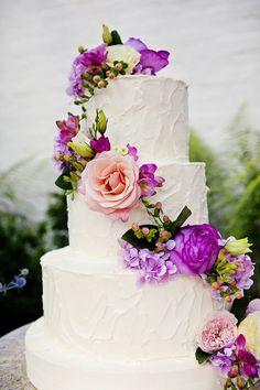 Wedding cake. With wildflowers instead