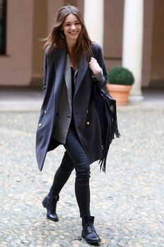 (6) Tumblr, Milan Fashion Week Street Style Blue coat and jeans