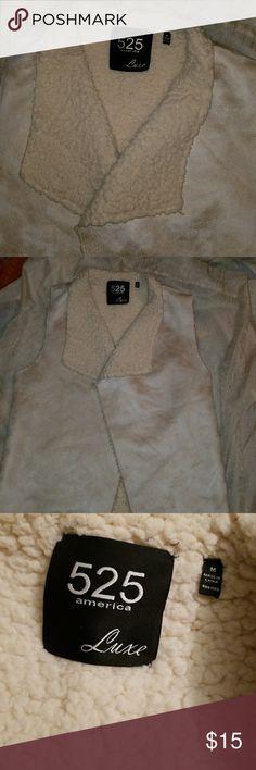 525 America Luxe Vest Cream color faux fur suede vest 525 America brand good condition 525 America Jackets & Coats Vests