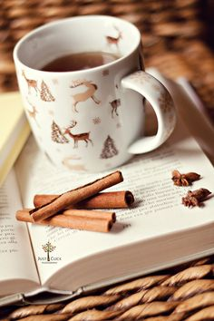 Tea & cinnamon - always a great combo.