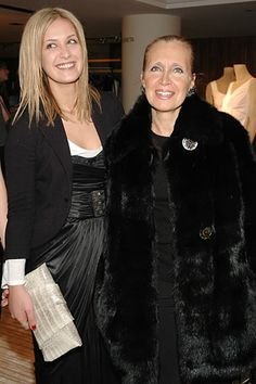 Victoria Traina with her mother Danielle Steel. Danielle Steel, Furs, Mink, Fur Coat, Sisters, Victoria, Street, Jackets, Fashion