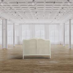Testiera matrimoniale Dimensioni HxLxP (cm) 121x170x8 Descrizione Testiera per letto matrimoniale realizzata in legno dicolore biancocon pannello in paglia di Vienna.