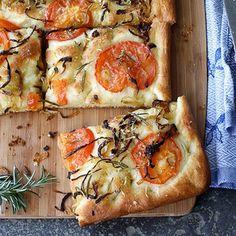 Pizza Recipes, Bread Recipes, New Recipes, Baking Recipes, Rasa Malaysia, Caramelized Onions Recipe, Focaccia Bread Recipe, Rosemary Recipes, Food & Wine Magazine