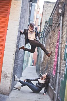Engagement Photography Unique Engagement Shoot Inspired By 'Dancers Among Us' - A unique engagement shoot by Sandra Marusic Photography featuring two dancers dancing around London in the 'Dancers Among Us' style. Ballet Photography, Couple Photography, Engagement Photography, Street Photography, Dancers Among Us, Poses Photo, Photo Shoots, Ballerina Project, Dance Poses