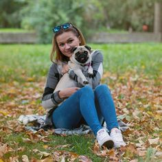 Lucy and Lili♥ Top Youtubers, Pug Mops, Bobby Brown, Pug Life, Moma, Pugs, Bae, Dragon, Lily