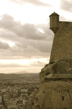 Alicante  #alicante #recordgo #rentacar #alquilerdecoche