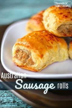 Australian Sausage Rolls: These Sausage Rolls make a yummy and easy appetizer or meal! They are really popular in Australia and Europe. They are commonly served for breakfast and lunch and many times as an appetizer, just cut a little smaller. Finger Food Appetizers, Finger Foods, Appetizer Recipes, Puffed Pastry Appetizers, Recipes Dinner, Dinner Ideas, Aussie Food, Australian Food, Australian Recipes