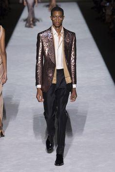 Tom Ford Spring 2019 Ready-to-Wear Collection - Vogue Primavera Verano,  Nueva fe20b40086