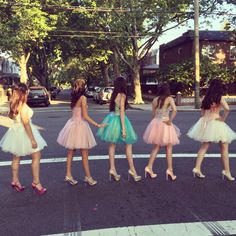 Prom homecoming hoco school dance formal Picture pose friends ideas dress