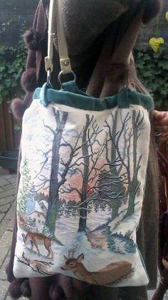 Mooie tas van Dimph Gemaakt van een al klaar zijnde borduurlap