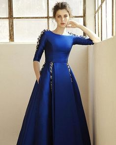 9 Latest and Fashionable Blue Frocks for Women These are some new designs of blue frock. Most of them are party wears. Everybody prefers to wear the best attire for parties. Here are the best Blue Frocks for Girls. Indian Gowns, Indian Outfits, Western Outfits, Bridesmaid Dresses, Prom Dresses, Formal Dresses, Blush Prom Dress, Blue Dresses, Blue Frock