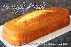 Plum cake alla ricotta soffice e senza burro Italian Desserts, Vegan Desserts, Easy Desserts, Dessert Recipes, Plum Cake, 3 Ingredient Cheesecake, Torta Angel, Sweet Light, Torte Cake