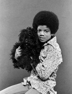Marlon Jackson, Michael Jackson, Jackie Jackson and Randy Jackson (The Jacksons' In-Store Album Promotion) 1978 Freeway Records / Los Angeles Young Michael Jackson, Michael Jackson Poster, Photos Of Michael Jackson, The Jackson Five, Jackson Family, Mike Jackson, Paris Jackson, The Jacksons, We Are The World