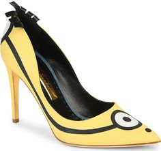 "Sandra Bullock Manages to Make Rupert Sanderson ""Minions"" Pumps Look Chic"