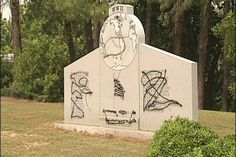 City officials in shock after downtown monuments are vandalized - 14 News, WFIE, Evansville, Henderson, Owensboro