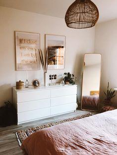 Room Ideas Bedroom, Home Decor Bedroom, Ikea Room Ideas, Teen Bedroom Designs, Bedroom Inspo, Minimalist Room, Aesthetic Room Decor, Home Room Design, Cozy Room