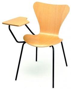 Si estás amueblando tu escuela, centro de estudios o academia, echa un vistazo a nuestra selección de mobiliario escolar de diseño a precios muy competitivos.