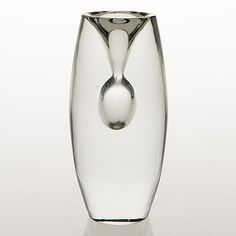 "TAPIO WIRKKALA - Glass sculpture ""Tokio"" for Iittala 1955, Finland. [h. 14 cm] My Glass, Glass Art, Glass Design, Design Art, Scandinavian Design, Finland, Sculpture, Artist, Crystal"