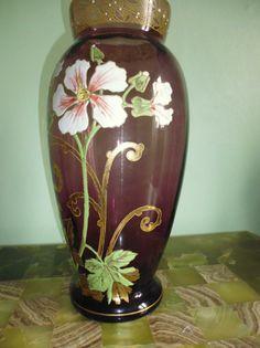 Vase en verre émaillé à décors de fleurs en relief et motifs dorés - ART NOUVEAU 1900 - LEGRAS école de NANCY.