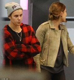 Casual night out: Justin, and Hailey both dressed down for the meal. Justin Hailey, I Love Justin Bieber, Justin Bieber Kendall Jenner, Late Night Dinner, Hailey Baldwin Style, Casual Night Out, Tumblr Photography, Celebrity Couples, My Boyfriend
