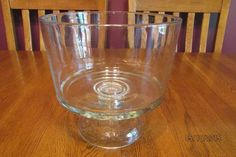 Vintage Anchor Hocking Clear Glass Savannah Trifle Bowl ~ Excellent!!